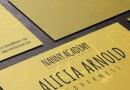 手書きフォントとイエロー系のデザインがかわいい無料の名刺テンプレート